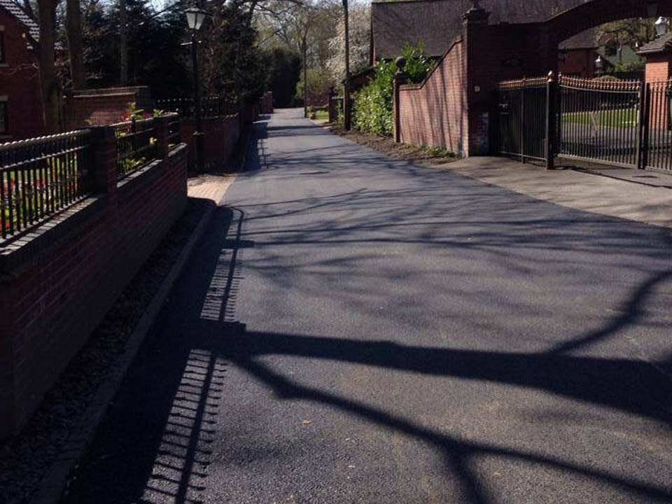 Commercial tarmac services for carparks and private roads